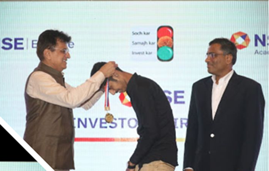 MAST. SAHIL SHAIKH ( WINNER OF NSE – INVESTOR AWARENESS COMPETITION )FELICITATED BY SHRI KIRIT SOMAIYA